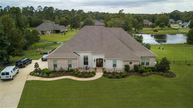 31001 Belmont Circle, Lacombe, LA 70445 (MLS #2173587) :: Crescent City Living LLC