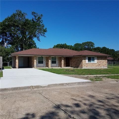 2644 Centaur Street, Harvey, LA 70058 (MLS #2173646) :: Parkway Realty