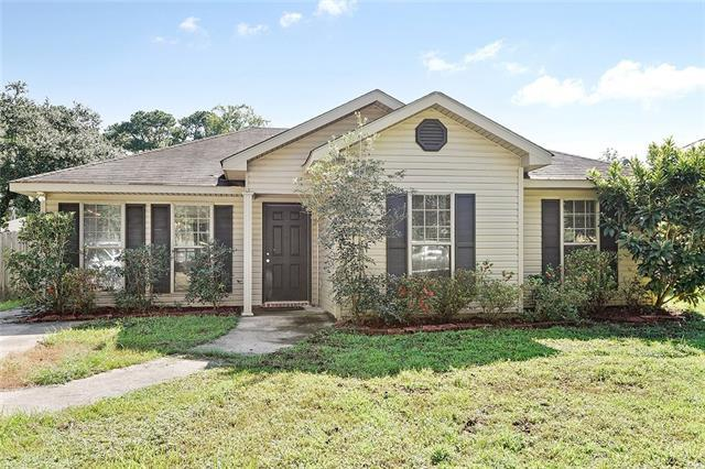 70282 C Street, Covington, LA 70433 (MLS #2173652) :: Watermark Realty LLC