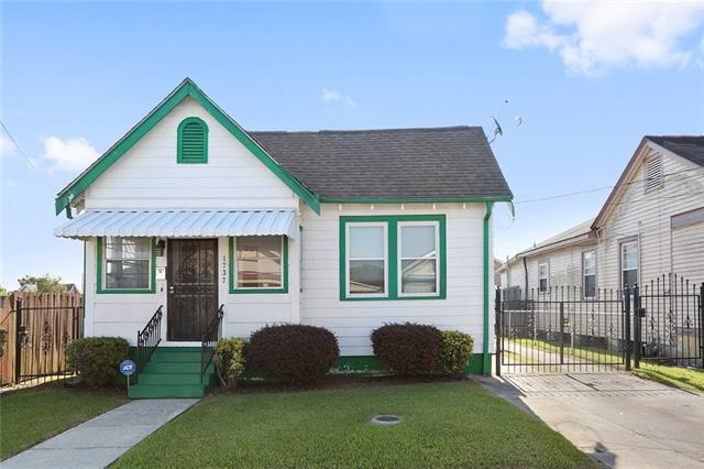 1737 Congress Street, New Orleans, LA 70117 (MLS #2173795) :: Crescent City Living LLC