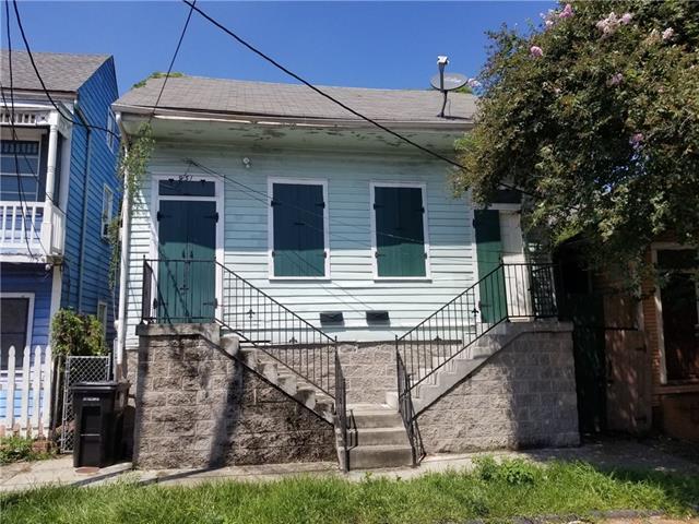 931 N Prieur Street, New Orleans, LA 70117 (MLS #2173939) :: Watermark Realty LLC