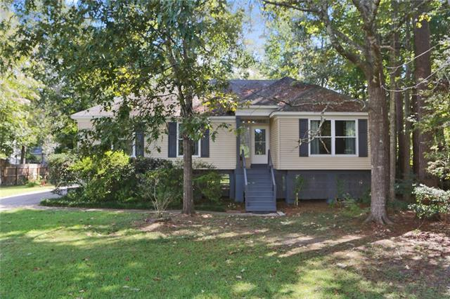801 Canary Pine Court, Mandeville, LA 70471 (MLS #2174779) :: Parkway Realty
