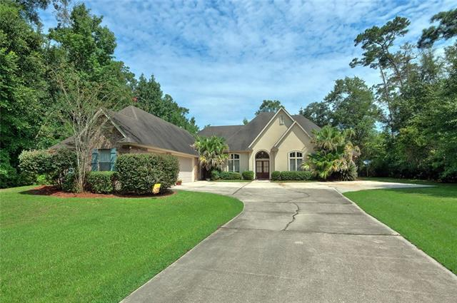 1221 Bluff Drive, Slidell, LA 70461 (MLS #2175141) :: Inhab Real Estate