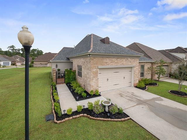 217 St Calais Place, Madisonville, LA 70447 (MLS #2175296) :: Robin Realty