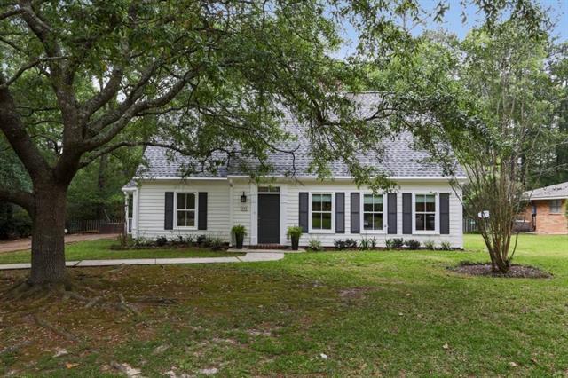 105 Golfview Lane, Covington, LA 70433 (MLS #2175387) :: Crescent City Living LLC