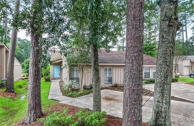14 S Court Villa Drive #14, Mandeville, LA 70471 (MLS #2175446) :: Watermark Realty LLC