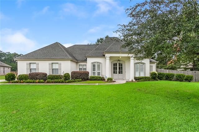 1040 Jameson Place, Covington, LA 70433 (MLS #2175500) :: Parkway Realty