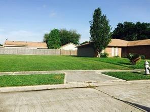 4924 Grand Terre Drive, Marrero, LA 70072 (MLS #2175742) :: Watermark Realty LLC