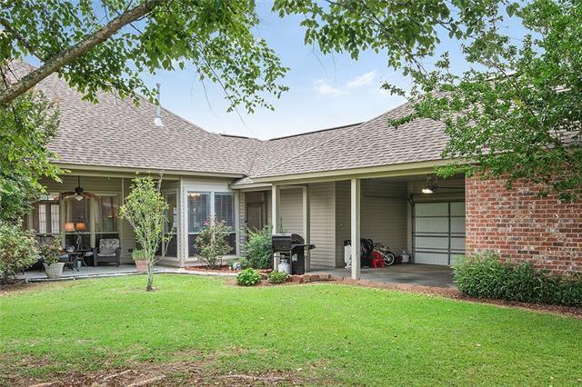 36546 Stanton Hall Drive, Denham Springs, LA 70706 (MLS #2175871) :: Robin Realty