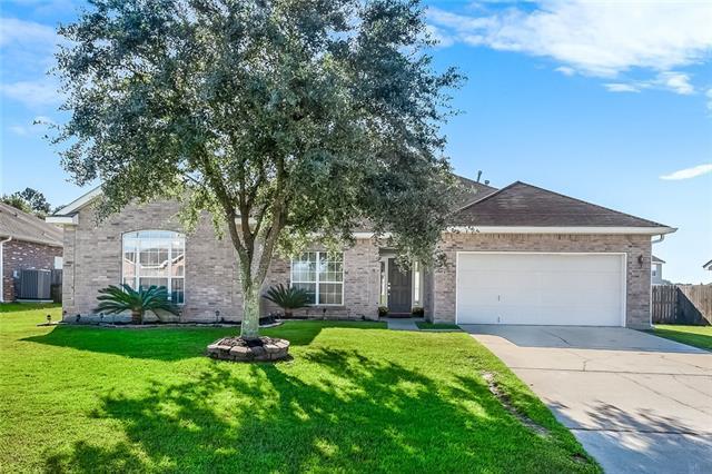 724 Simpson Way, Covington, LA 70433 (MLS #2176229) :: Crescent City Living LLC