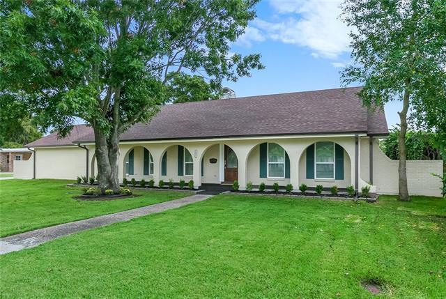 481 Fairfield Avenue, Gretna, LA 70056 (MLS #2176696) :: Crescent City Living LLC