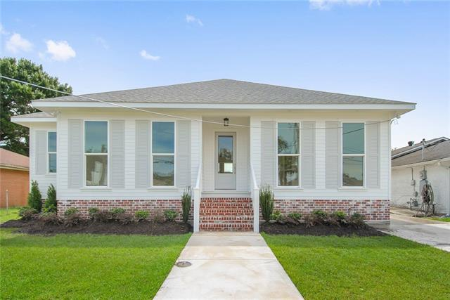 1240 Seville Drive, New Orleans, LA 70122 (MLS #2176850) :: Parkway Realty
