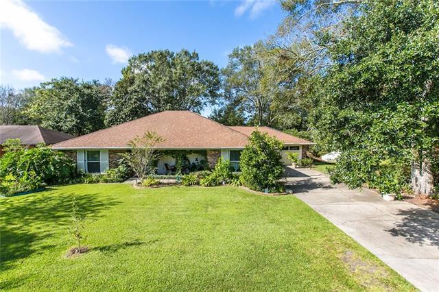 129 Oak Leaf Drive, Slidell, LA 70461 (MLS #2176870) :: Turner Real Estate Group