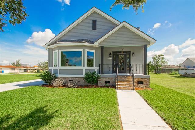 217 Beaver Drive, Arabi, LA 70032 (MLS #2176876) :: Crescent City Living LLC