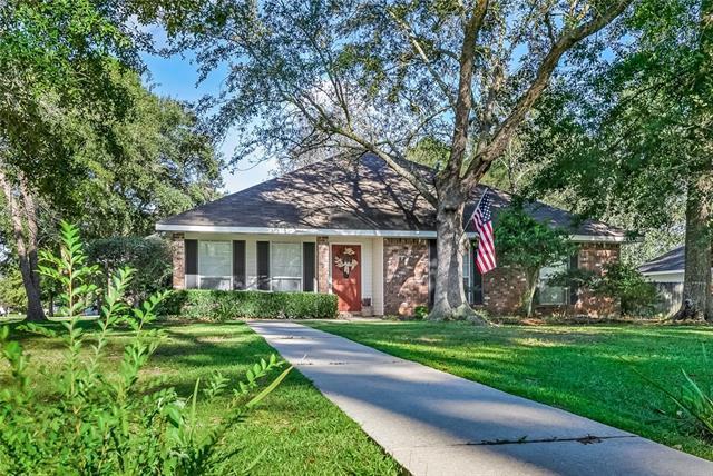 199 Cherokee Drive, Abita Springs, LA 70420 (MLS #2177055) :: Turner Real Estate Group