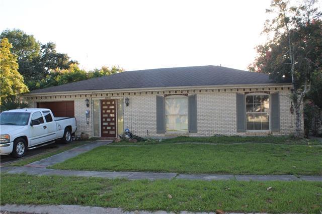 302 Amapola Circle, Terrytown, LA 70056 (MLS #2177437) :: Crescent City Living LLC