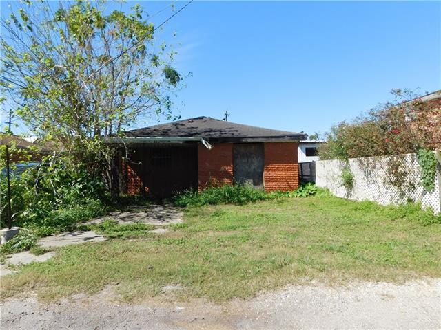 2312 Winthrop Street, New Orleans, LA 70117 (MLS #2177781) :: Parkway Realty