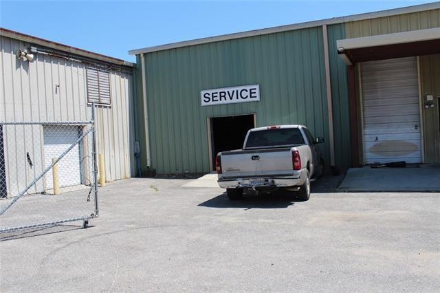1440 Westbank Express Way #1, Harvey, LA 70058 (MLS #2177944) :: Crescent City Living LLC