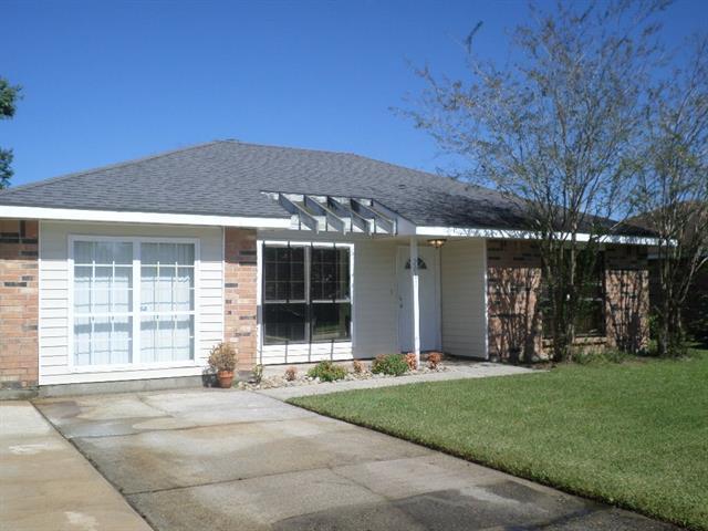 2011 Wellington Lane, Slidell, LA 70461 (MLS #2177997) :: Turner Real Estate Group