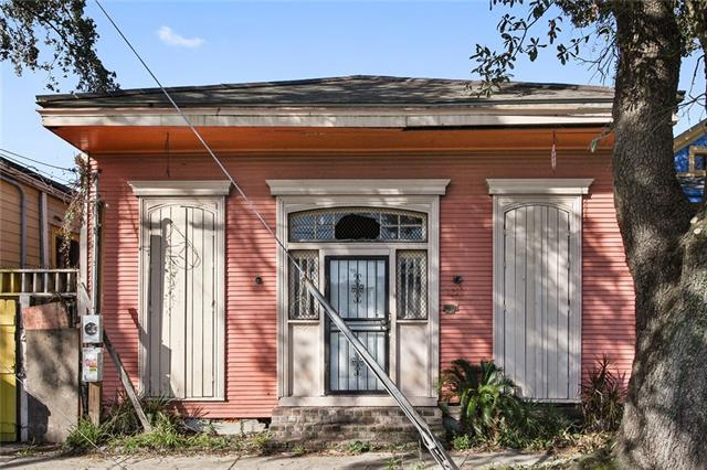 3219 St Claude Avenue, New Orleans, LA 70117 (MLS #2178056) :: Parkway Realty
