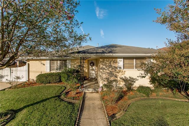 4512 Alexander Drive, Metairie, LA 70003 (MLS #2178124) :: Crescent City Living LLC
