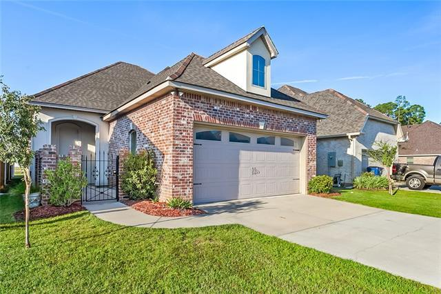 180 Saint Calais Place, Madisonville, LA 70447 (MLS #2178127) :: Turner Real Estate Group
