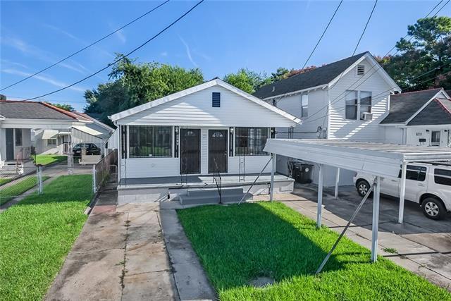 6015 Chartres Street, New Orleans, LA 70117 (MLS #2178447) :: Crescent City Living LLC