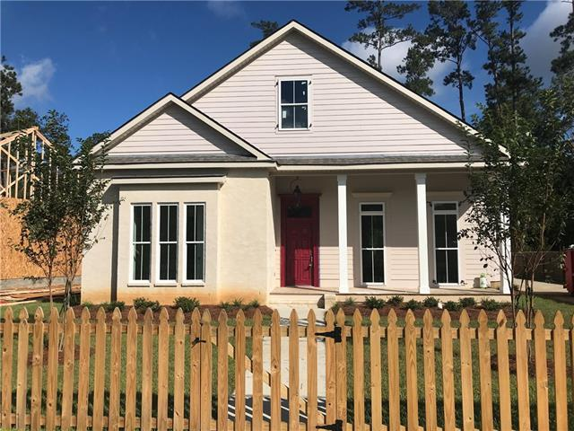 1569 Darlington Street, Covington, LA 70433 (MLS #2178661) :: Crescent City Living LLC