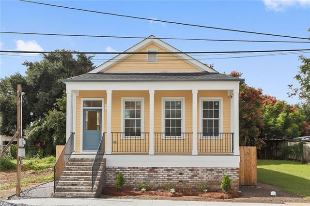 718 Charbonnet Street, New Orleans, LA 70117 (MLS #2178706) :: Crescent City Living LLC