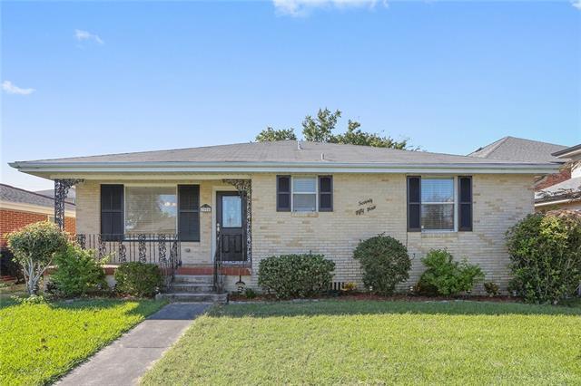 7054 General Haig Street, New Orleans, LA 70124 (MLS #2178843) :: Crescent City Living LLC