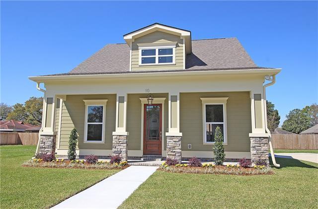 10 Magnolia Place, Jefferson, LA 70121 (MLS #2179026) :: Watermark Realty LLC
