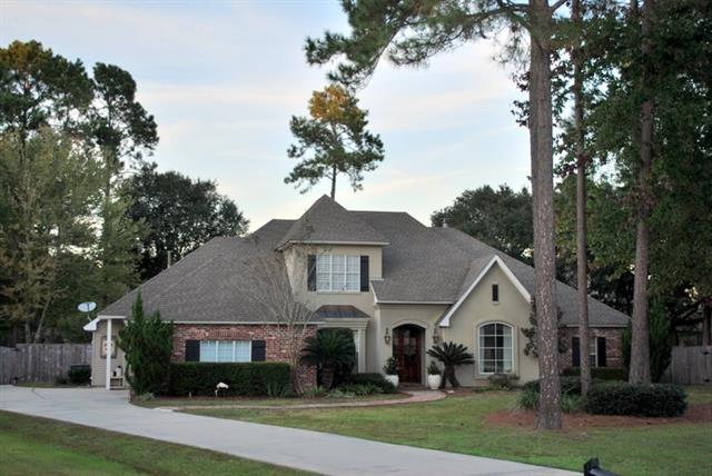 321 Winchester Circle, Mandeville, LA 70448 (MLS #2179190) :: Parkway Realty