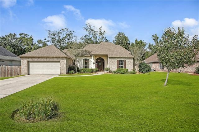 325 Clover Meadow Drive, Covington, LA 70433 (MLS #2179276) :: Turner Real Estate Group
