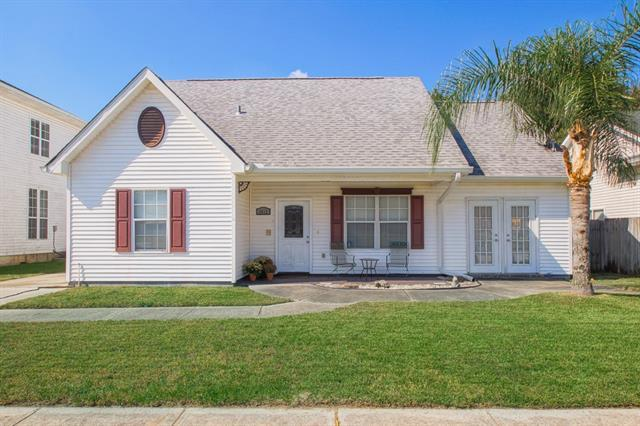 2812 Sprig Drive, Marrero, LA 70072 (MLS #2179427) :: Turner Real Estate Group