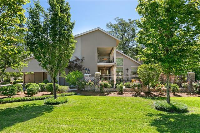 815 Bocage Lane, Mandeville, LA 70471 (MLS #2179680) :: Turner Real Estate Group
