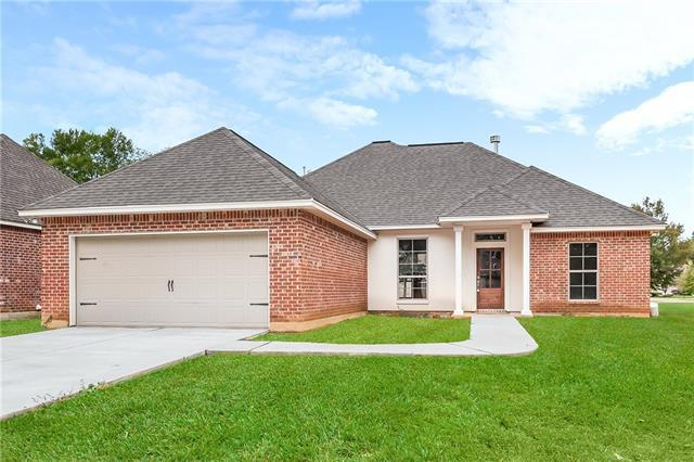 17307 Paddock Circle, Hammond, LA 70403 (MLS #2179816) :: Inhab Real Estate