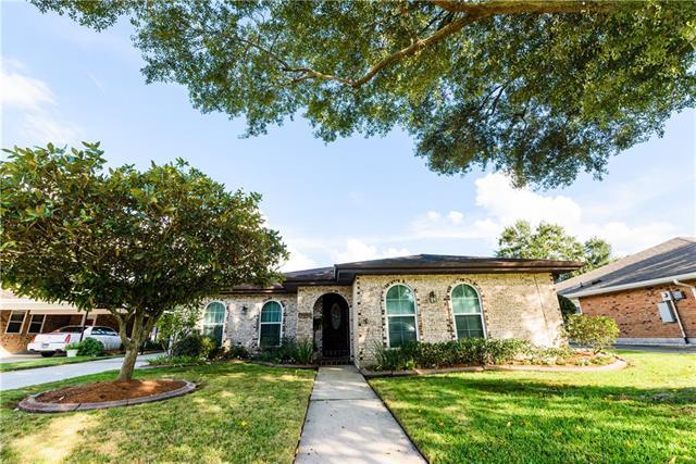 155 Sedgefield Drive, Harahan, LA 70123 (MLS #2179913) :: Watermark Realty LLC