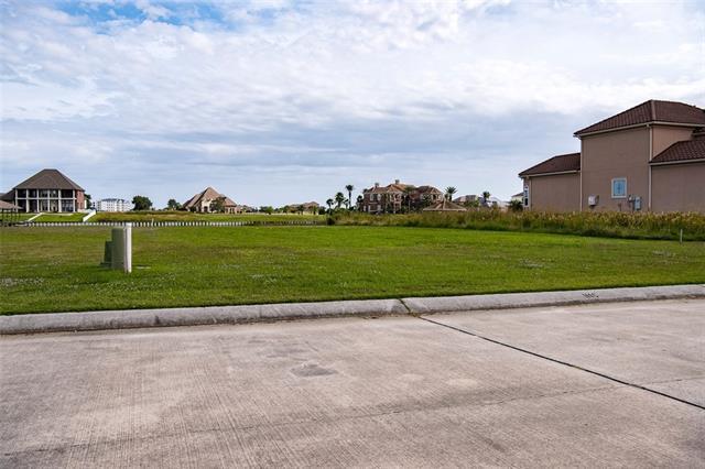 3042 N Marina Villa, Slidell, LA 70461 (MLS #2180001) :: Crescent City Living LLC