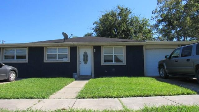 2109 Francis Street, Violet, LA 70092 (MLS #2180081) :: Robin Realty