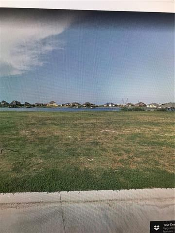 1121 Lakeshore Boulevard, Slidell, LA 70461 (MLS #2180359) :: Crescent City Living LLC