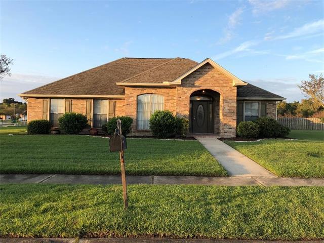 102 Oak Branch Drive, La Place, LA 70068 (MLS #2180611) :: Crescent City Living LLC