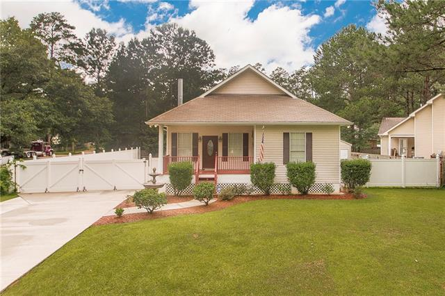 71555 St James Street, Abita Springs, LA 70420 (MLS #2181151) :: ZMD Realty
