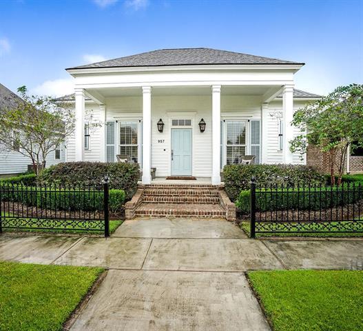 957 Beauregard Parkway, Covington, LA 70433 (MLS #2181312) :: Turner Real Estate Group