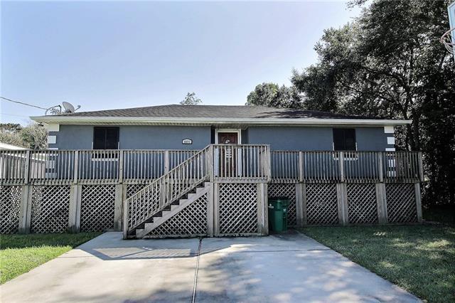 4893 Oak Drive, Lafitte, LA 70067 (MLS #2181411) :: Crescent City Living LLC