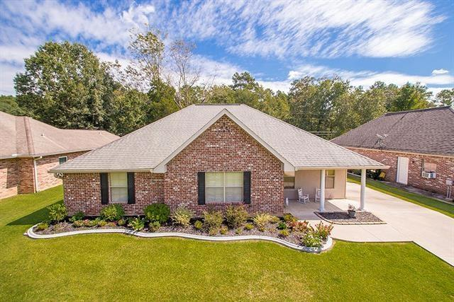 103 Mulberry Circle, Ponchatoula, LA 70454 (MLS #2181546) :: Turner Real Estate Group