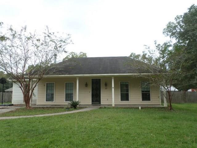 29 Alice Street, Madisonville, LA 70447 (MLS #2181942) :: Crescent City Living LLC