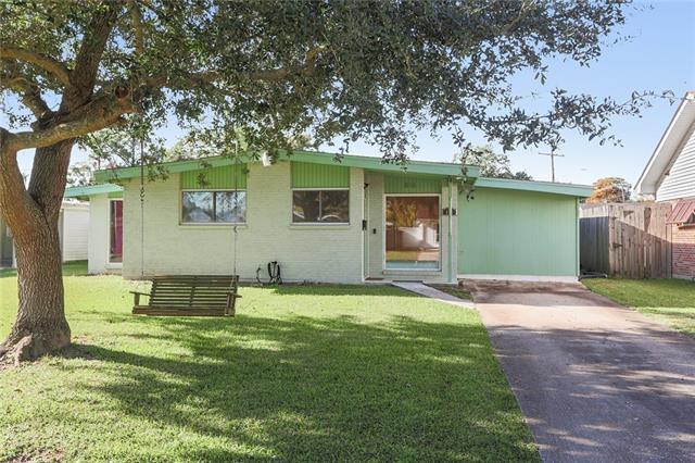 816 Cynthia Avenue, Metairie, LA 70003 (MLS #2182076) :: Crescent City Living LLC