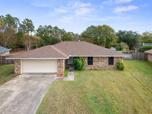 816 Lake Borgne Court, Slidell, LA 70461 (MLS #2182612) :: Crescent City Living LLC