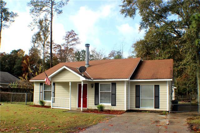 1541 Cherry Street, Slidell, LA 70460 (MLS #2182760) :: Crescent City Living LLC