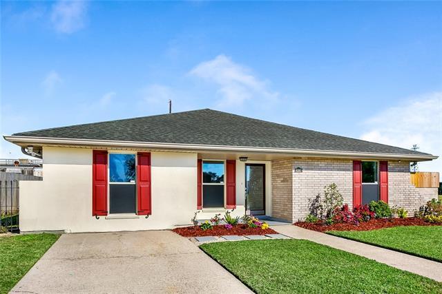 8287 Benjamin Drive, Chalmette, LA 70043 (MLS #2183339) :: Robin Realty